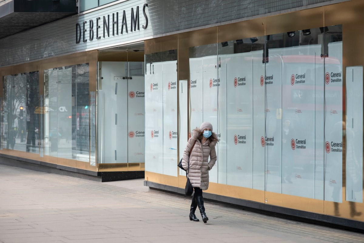 One in seven UK shops are empty